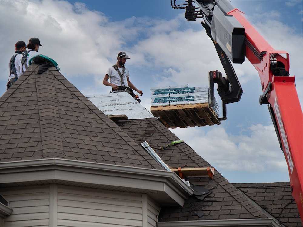 Execon Roofing and Solar - Roofing Services