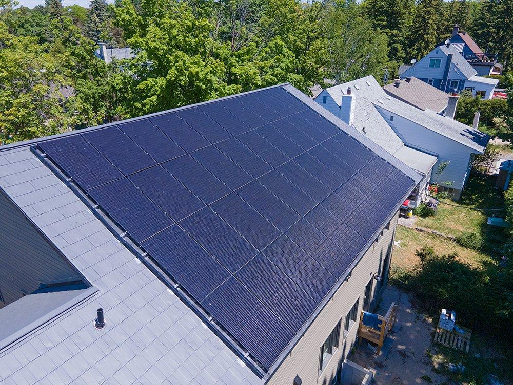Execon Roofing and Solar Alta Vista
